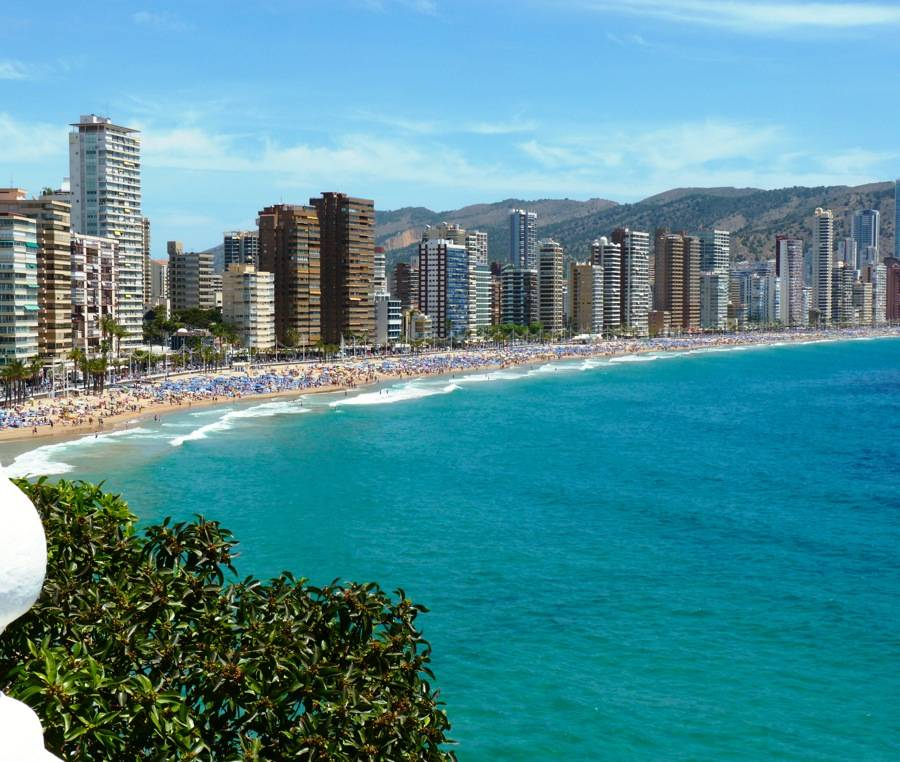 Long Stay Vacations In Spain: Benidorm Levante Beach-Visit Benidorm Official Tourit Web Site